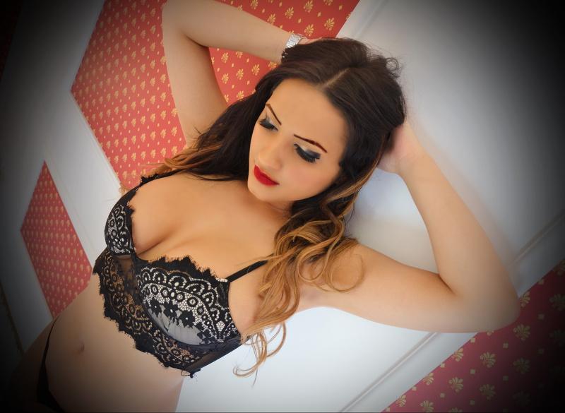 Vanessa hell sheila b